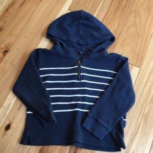 Gap Size 5 hooded waffle shirt